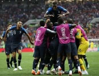 ২০১৮ বিশ্বকাপ শিরোপা ঘরে তুলল ফ্রান্স